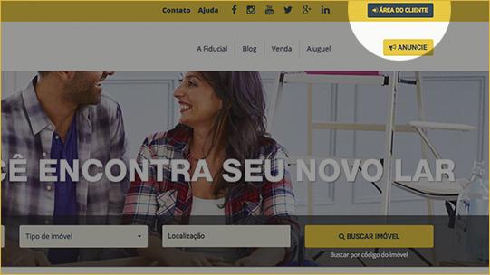 Clique no botão Área do Cliente no topo do site